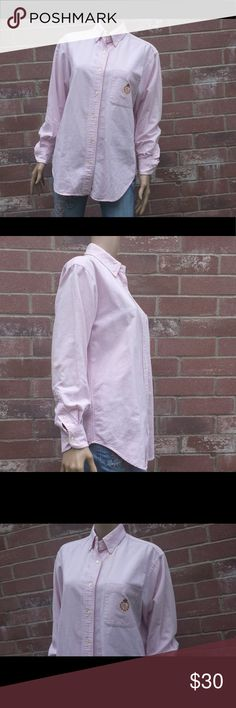 """Lauren Ralph Lauren Pink & White Oxford Shirt Sz 8 Buttoned placket, straight buttoned down collar, barrel cuffs, embroidered """"LRL"""" logo on chest pocket, split back yoke for a smooth contoured shoulder, cotton, machine washable: Arm pit to arm pit 21"""" Shoulder seam to shoulder seam 18"""" Shoulder seam to end of cuff 21"""" Back of collar to bottom of hem 29.5"""" Vintage Tops Button Down Shirts"""