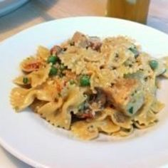 Copycat Cheesecake Factory's Farfalle with Chicken and Roasted Garlic. (Sooooo good when we went the other night! Yum!)
