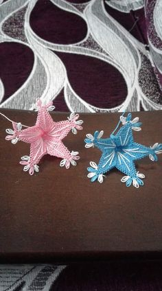 This Pin was discovered by Sem Needle Lace, Crochet Flowers, Knots, Diy And Crafts, Knitting, Jewelry, Art, Needlepoint, Pattern