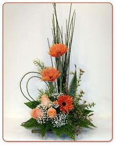 Selecting The Flower Arrangement For Church Weddings – Bridezilla Flowers Altar Flowers, Church Flower Arrangements, Church Flowers, Vase Arrangements, Beautiful Flower Arrangements, Funeral Flowers, Floral Centerpieces, Beautiful Flowers, Flowers Garden