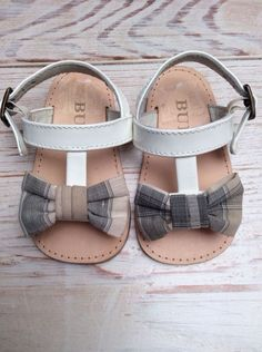 burberry baby sandals bow size 19/20 NWOT #Burberry #Sandals