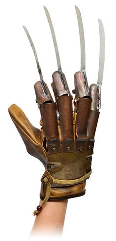 A Nightmare on Elm Street Freddy's Glove Replica - Why haven't I got one of these yet?