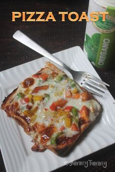 Easy Pizza Toast Recipe - Summer Vacation with Kids Veg Recipes, Cheese Recipes, Brunch Recipes, Indian Food Recipes, Appetizer Recipes, Vegetarian Recipes, Cooking Recipes, Spam Recipes, Vegetarian Starters