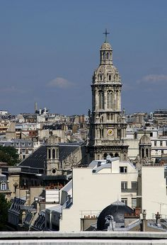 Paris, Boulevard Haussmann, Aussicht von Galeries Lafayette-Terrasse zur Église de la Sainte-Trinité (Holy Trinity Church seen from Galeries Lafayette terrace) Galeries #Lafayette, 9th #arrondissement, #Paris, France