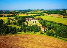 Yvonne Russell and Julia Grange have both fallen under the spell of Gascony.