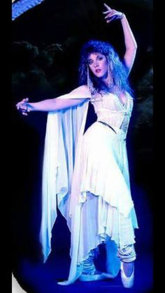 Stevie, the Queen of Rock and graceful ballerina in white  ♪♫♥❤♥♫♪