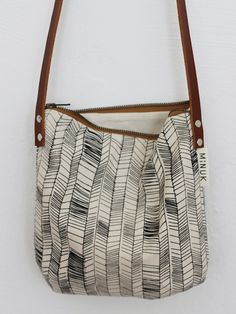 Handbags - I think they were my first fashion love (and if I had design skills, I would love to beco Backpack Bags, Tote Bag, Sac Week End, Bag Patterns To Sew, Fabric Bags, Cotton Bag, Cloth Bags, Handmade Bags, Small Bags