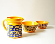 Gorgeous, very rare set of Waechtersbach pottery, made in West Germany in the 1960s. Waechtersbach ceramics is a German ceramics manufacturer,