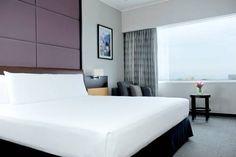 Hyatt Regency Mexico City (Campos Eliseos, Numero 204 Colonia Polanco) Situated next to Chapultepec Park in the stylish Polanco neighbourhood, Hyatt Regency Mexico City offers elegant modern rooms, 3 on-site restaurants and 2 bars. There is also a business centre. #bestworldhotels #travel #mx #mexico
