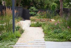 Small Garden Landscape, Landscape Design, Garden Design, Green Garden, Lawn And Garden, Drought Tolerant Garden, Gravel Path, Outdoor Living, Outdoor Decor