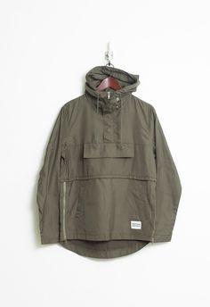 Torpedo Pocket Anorak Pullover WIndbreaker Jacket in Olive