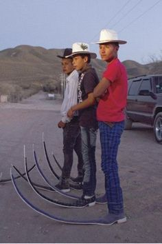 """Mexican Pointy Boots - used in performances by men's dance groups in the sweeping """"tribal guarachero"""" style. Funny Baby Images, Funny Pictures For Kids, Funny Kids, Random Pictures, American Funny Videos, Funny Dog Videos, Humor Videos, Justin Bieber Jokes, Rodeo Boots"""