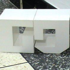 """Letras """"G"""" y """"J"""". Encastre con material PVC (policloruro de vinilo)"""