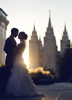 wedding picture. sunset. wedding. Temple. love. married. beautiful wedding photo idea