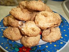 Výborné a jednoduché kokosky pro každou příležitost, možno konzumovat hned po upečení.
