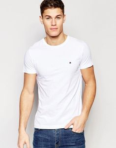 Buy Tommy Hilfiger t-shirt with flag logo in stretch slim fit in white at ASOS. Get the latest trends with ASOS now. White Tshirt Outfit, Tommy Hilfiger T Shirt, Straight Guys, Flag Logo, Good Looking Men, Mens Tees, Men Casual, Menswear, Slim