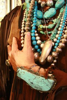 Turquoise & gold - loads and loads !!!