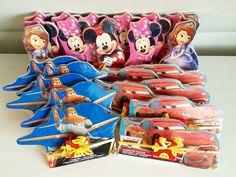 Gezonde traktatie. Disney houten puzzel traktatie trakteren traktaties. http://kindertraktaties.jouwweb.nl/complete-traktaties