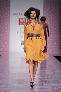 Anita Dongre, Wills India Lifestyle Fashion Week Autumn/Winter 2014 India Fashion Week, Lakme Fashion Week, Ethnic Fashion, Indian Fashion, Desert Fashion, Indian Outfits, Indian Clothes, Cotton Tunics, Couture Week