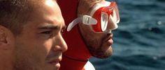Jean-Marc Barr e Jean Reno no filme The Big Blue de Luc Besson