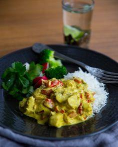 En krämig gryta som går att variera som man vill, ha i dina favorit grönsaker. Currygryta