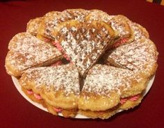 Fehércsokis waffle #valentinnap Nutella, Waffles, French Toast, Sandwiches, Breakfast, Food, News, Peaches, Cooking Recipes