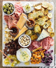 An Easy Cheese 038 Charcuterie Board Welcome by Waiting on Martha An Easy Cheese 038 Charcuterie Board Welcome by Waiting on Martha Eva-Julia studiosgd healthy food Benessere Top Atlanta nbsp hellip Board pairings No Cook Appetizers, Appetizers For Party, Appetizer Recipes, Cheese Platter Board, Cheese Boards, Cheese Trays, Wine Cheese, Marble Cheese Board, Meat Platter
