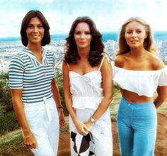"Sabrina, Kelly and new angel Kris' new assignment takes them to the exotic islands of Hawaii on a 2-hour TV special of ""Charlie's Angels"", 1977."