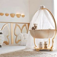 Baby room white gold
