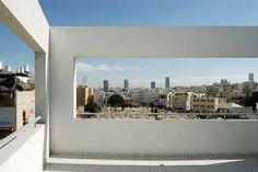 Rafi Segal, Hovevi Zion Apartment Building, Picturesque