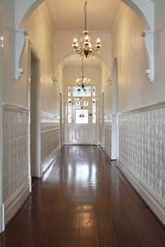 4 Mind Blowing Tricks: Wainscoting Dining Room Entrance wainscoting board and batten stairways.Wainscoting Board And Batten Stairways. Wainscoting Height, Dining Room Wainscoting, Wainscoting Styles, Wainscoting Panels, H & M Home, Home Reno, Edwardian Haus, Victorian, Entry Hallway