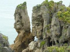 Pancake rock formations, West Coast, South Island, NZ