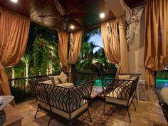 love this mediterranean patio design so beautiful