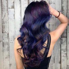 Blue hair color idea on 2019 for bold and fashionable look Bold Hair Color, Vibrant Hair Colors, Hot Hair Colors, Bold Colors, Hairstyles Haircuts, Cool Hairstyles, Best Hair Dye, Blue Ombre Hair, Strong Hair