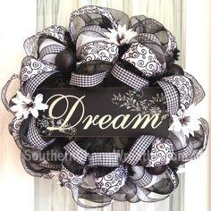 photo deco_mesh_black_white_ribbon_dream_sign-1.jpg