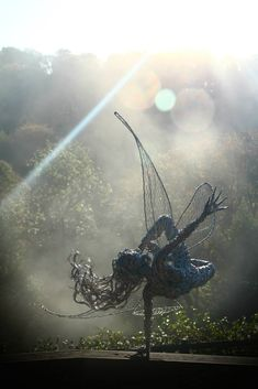 Incredibly Dynamic Steel Wire Fairy Sculptures Dance in the Wind - My Modern Met