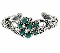 Fabulous #ColoroftheYear Cuff! Wear style on your sleeve with this Carolyn Pollack #Emerald Green Sterling Cuff.
