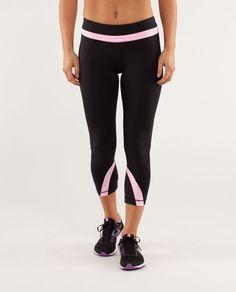 4875ee7c94107 Cyber Monday Sale Lululemon Athletica Yoga Run Inspire Crops II Black /  Classic Stripe White Pink Shell