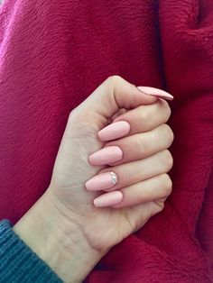 Pink nails, coffin