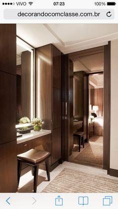 Same layout-Lighting on door mirror