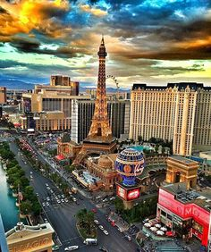 Las Vegas Strip ⭐ name your favorite?  #hotelsandresorts