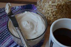 Vegan cream cheese with aquafaba and cashew cream