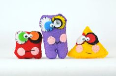 Cute Plush mini Monster Toys | Plush Monster dolls for kids | Todo Papel. The most loved by Children Party Favor! You will love these Mini Monsters. They are tiny enough to fit in a child's hand and pockets and make the perfect pocket pals. Also make a wonderful companion for your child's first day back at school. Made out of felt, so they are soft and cuddly; they have been hand crafted and detailed with care. #feltmonsters #cutemonsters #minimonsters #monsters #giftsforkids…