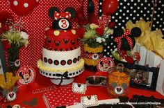 My Creative Side: Isabella's 3rd Birthday Party! Minnie Mouse Inspired Birthday!