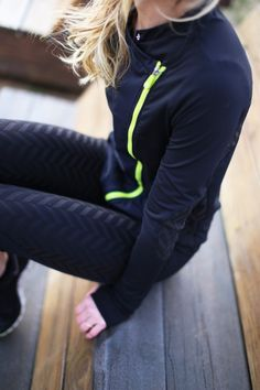 Few important things you need to know about black workout clothes. Getting fit can be a big life change, especially if you have never done it before. Even if you are used to a fitness routine, some… Nike Outfits, Sporty Outfits, Athletic Outfits, Athletic Wear, Sport Fashion, Fitness Fashion, Fitness Clothing, Workout Clothing, Fitness Wear