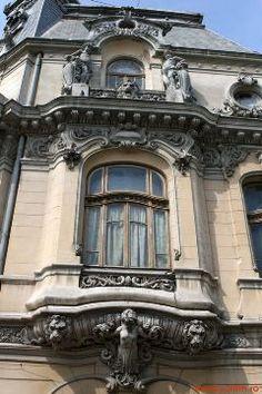 Top 20 cele mai interesante locuri nestiute din Bucuresti Mai, Romania, Facade, Mansions, Live, Architecture, House Styles, Places, Arquitetura