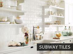 Azulejos de metrô (subway tiles) trazem charme retrô à decoração. Indico os melhores usos e materiais no mercado.