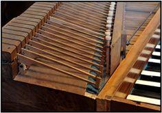 Schmahl (Ulm ca. 1770): Tafelklavier in Form einer liegenden Harfe