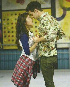 Luna y Matteo ❤ I love you Disney Channel, Disney Films, Walt Disney, Sou Luna Disney, Disney Animation Studios, Cimorelli, Sony, Son Luna, Dove Cameron
