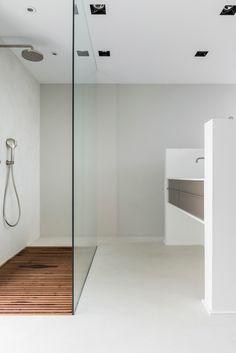 Bathroom Bench, Master Bathroom, Interior Garden, Interior Design, Timber Vanity, Cozy Apartment, Glass Shower, Minimalist Home, Bathroom Inspiration